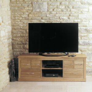 Mobel Oak Widescreen Television Cabinet - LM Furnishings