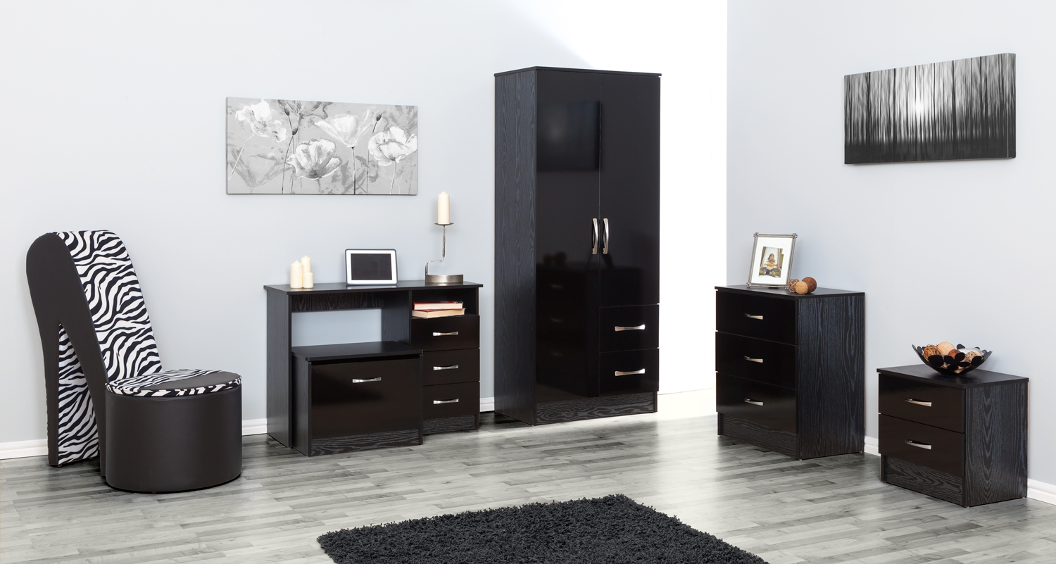 Black Black 5 Piece Set Bedside Table Chest Of Drawers